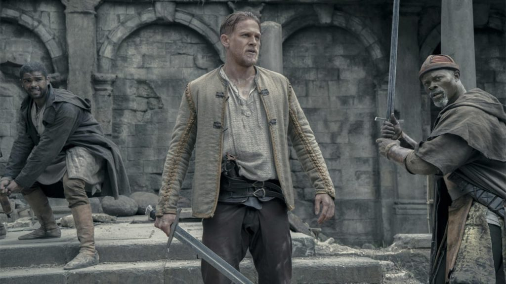 Si quieres películas similares al caballero verde, entonces King Arthur es para ti.